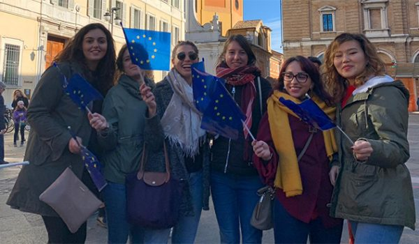 giovani volontari del progetto Europe