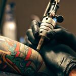 immagine tatuaggio corso tattoo organizzato dal labart ravenna